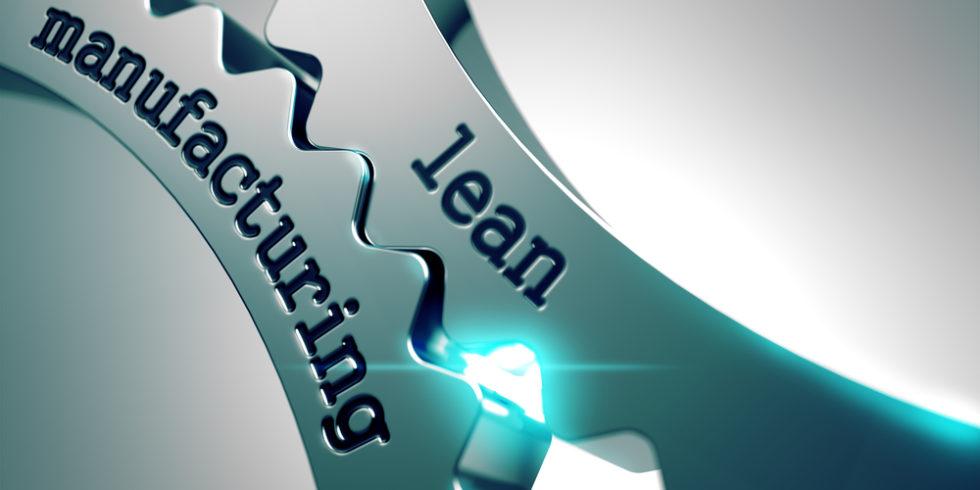 Lean Manufacturing steht auf zwei ineinandergreifenden Zahnrädern