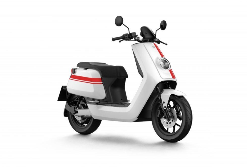Niu-E-Scooter N-Qi-GT Pro weiß rot