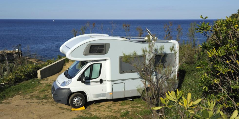 Ab in den Süden: Mit Wohnmobilen reisen Sie komfortabel und sind flexibel. Foto: panthermedia.net/ jehoede