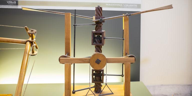 Flügel schlagen Gerät mit Schraube – von Leonardo da Vinci wissenschaftlichen Studien