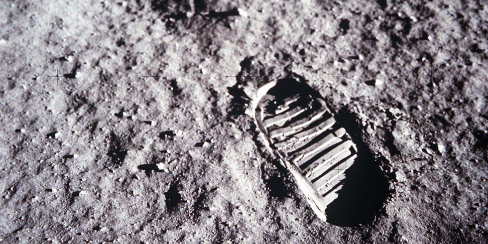 Fußabdruck im Mondstaub