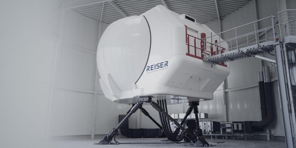 Flugzeugsimulator von außen