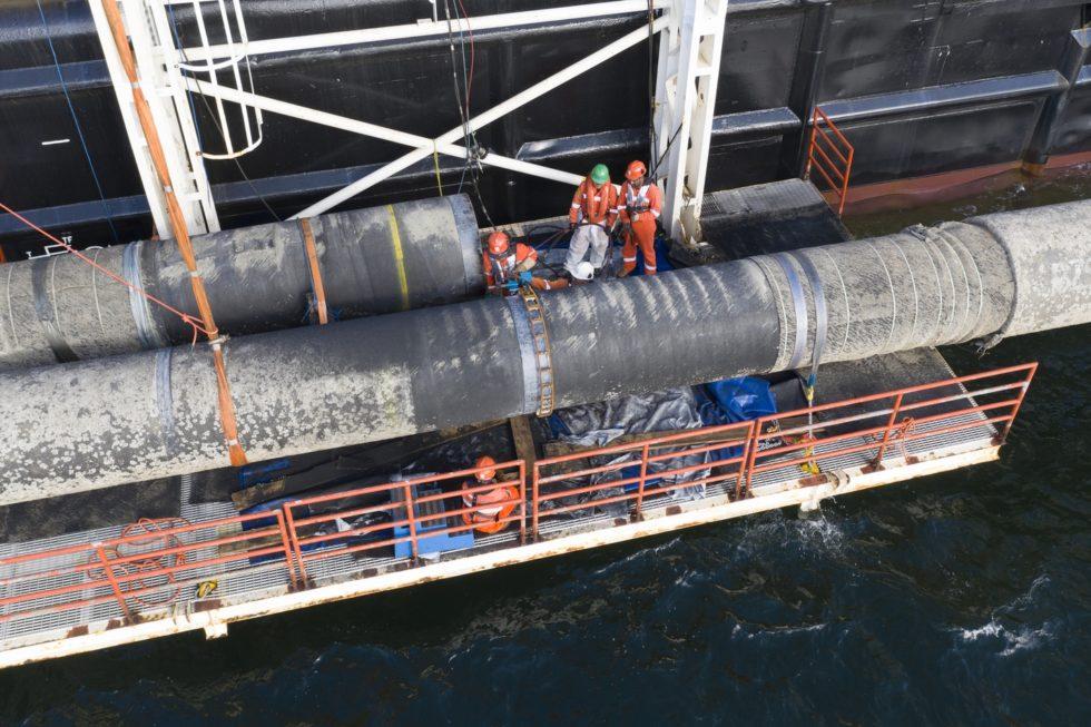 Bauarbeiten an Nord Stream 2, genauer: Verbindungsschweißnaht über Wasser