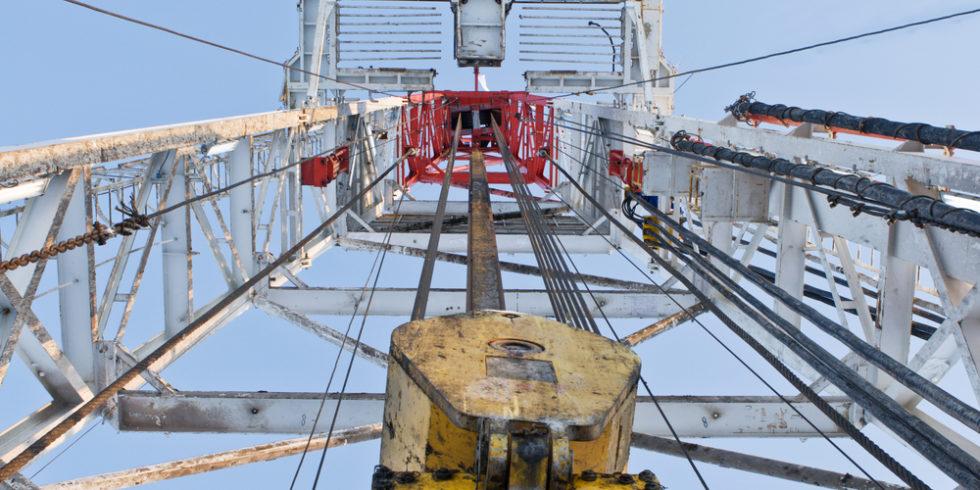 Ehemalige Bohrlöcher der Erdölindustrie bieten ausreichende Möglichkeiten, um Kohlendioxid in Gesteinsformationen zu pressen. Foto: panthermedia.net/Rumo
