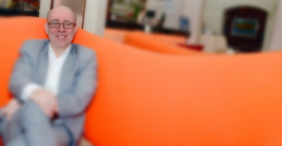 """Peter Bimmermann, Geschäftsführer der AutoStore System GmbH: """"AutoStore"""" ist schon fast mystisch. Es ist nur schwer nachvollziehbar, was im Inneren des Zauberwürfels passiert."""" Bild: Rolf Müller-Wondorf"""