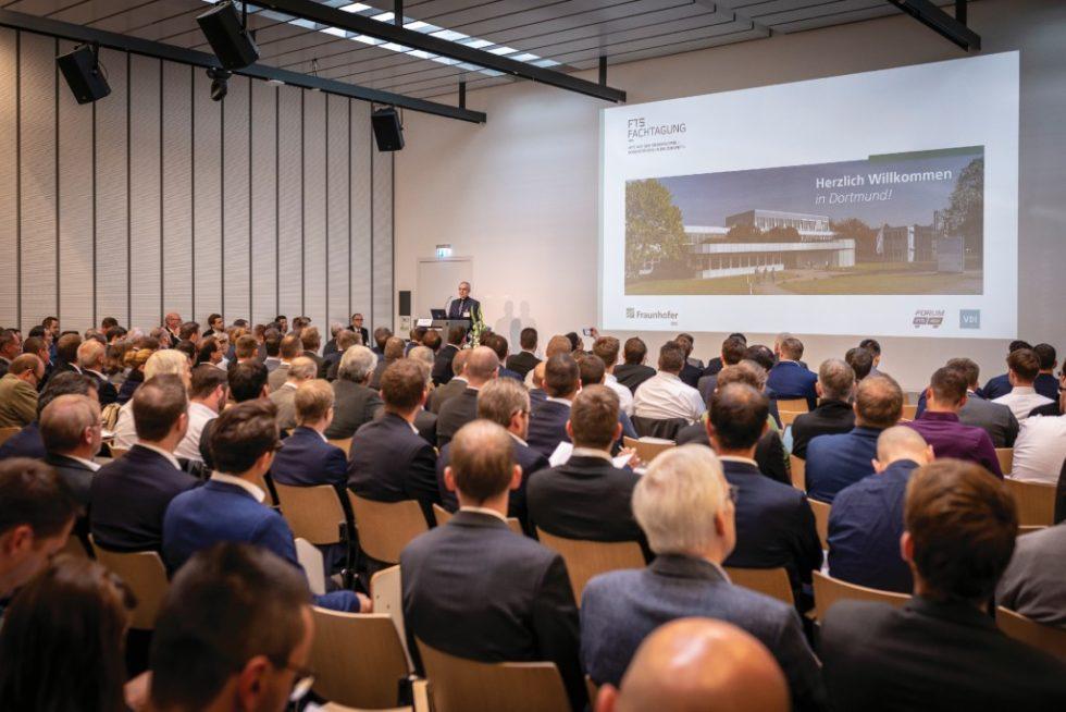 Mit 270 Teilnehmern vermeldete Dr. Günter Ullrich für die FTS-Fachtagung in Dortmund einen neuen Besucherrekord. Bild: Offenblende Dortmund