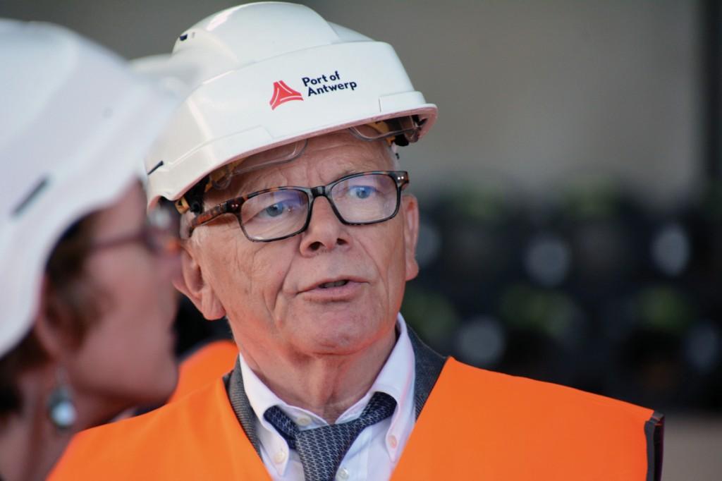 Bild 1 Dr. Dieter Lindenblatt, Repräsentant des Hafens Antwerpen in Deutschland. Bild: Rolf Müller-Wondorf