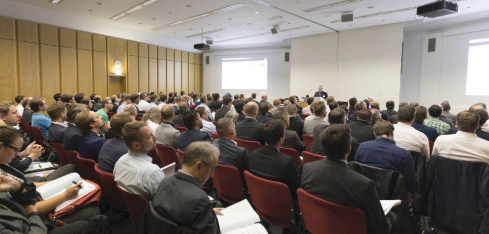 Das 7. Technologieforum Fahrerlose Transportsys-teme (FTS) und mobile Roboter am Fraunhofer IPA in Stuttgart war bis auf den letzten Platz ausgebucht. Bild: IPA