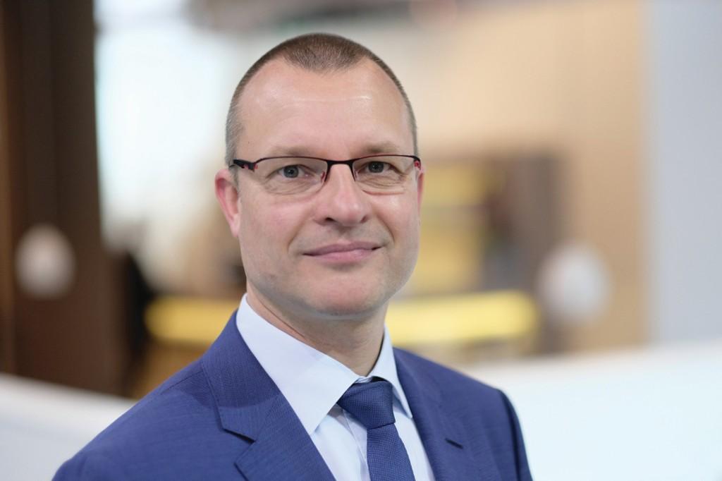 Gregor Baumeister, Leiter des Geschäftsbereichs Palettier- und Verpackungstechnik. Bild: Beumer Group