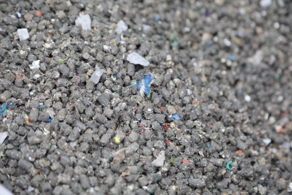 Ersatzbrennstoffe aus getrockneten, aufbereitetem Restmüll, Sortierresten, Mischkunststoffen, Schredderfraktionen aus dem Automobilrecycling, …Bild: IEC
