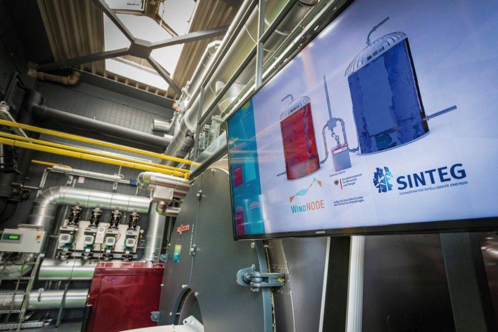 Power-to-Heat-/Power-to-Cold-Anlage der Gasag Solution Plus auf dem Berliner Euref-Campus, entstanden im Rahmen des WindNode-Projektes. Bild: ahnenenkel.com/Silke Reents