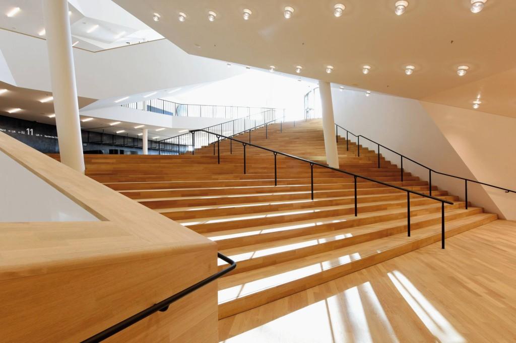 Hamburg ; Elbphilharmonie , innen