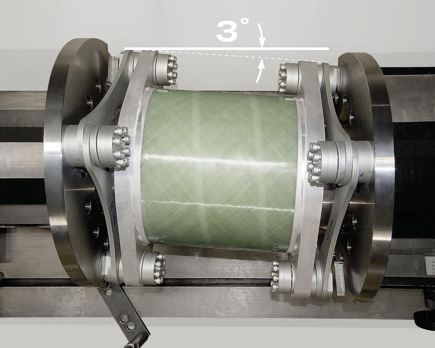 Bild 4 Radex-N 220 für 3-MW-Anlage im dynamischen Dauerversuch mit 3° Verlagerung und mit bis zu 100000000 Lastwechseln. Bild: KTR