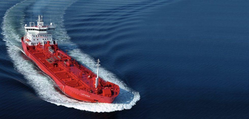 Seit 2019 müssen Schiffe wie dieser Tanker in EU-Gewässern ihre CO2-Emissionen messen und dokumentieren. Bild: Shutterstock