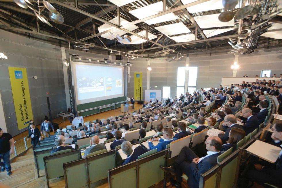 Mehr als 330 Logistikexperten trafen sich Mitte März in Garching an der TU München zum 28. Deutschen Materialfluss-Kongress. Bild: Rolf Müller-Wondorf