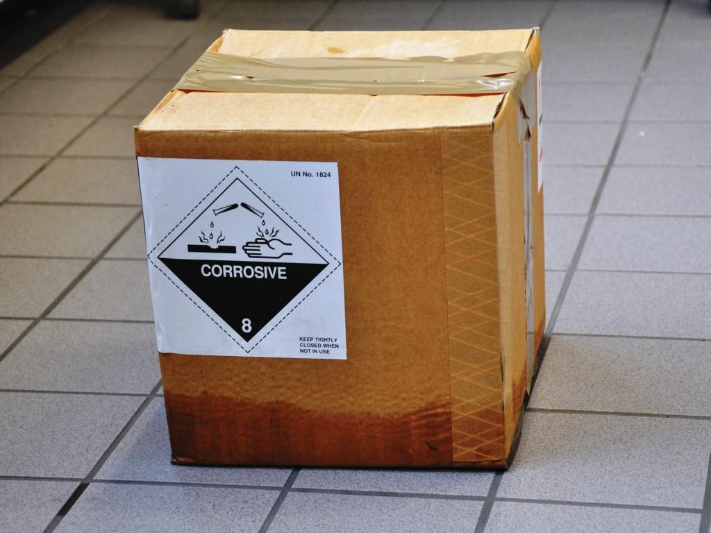 Bild 2 Durchfeuchtung einer Umverpackung [1]. Quelle: BG Verkehr