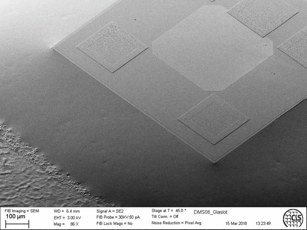 Bild 2 Auf Stahl (1.4542)1) mit Glaslot gefügter Silizium-DMS. Quelle: CiS Forschungsinstitut für Mikrosensorik GmbH