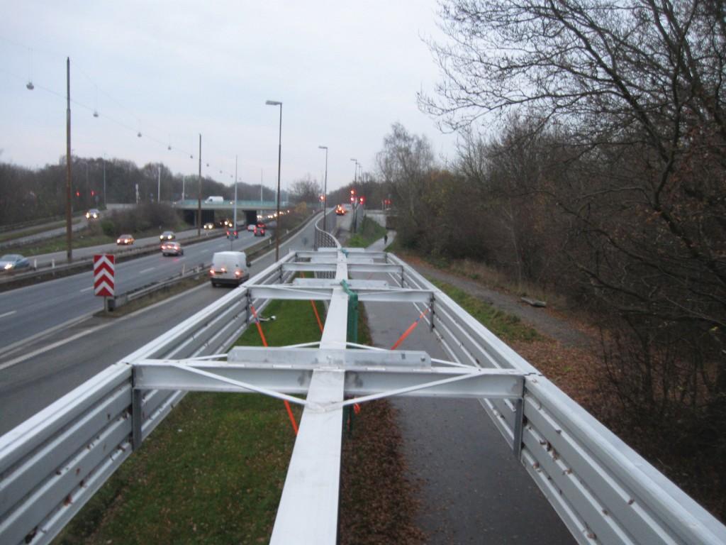 Bild 5 Prototypen der Topp-Varianten beim Feldversuch der dänischen Straßenverkehrsbehörde (Bilder von Danish Road Directorate, [4]).