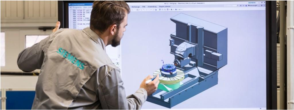 Bild 5. Simulation des CNC-Bearbeitungsprozesses unter Verwendung der virtuellen Abbildung der Fertigungshilfsmittel wie Werkzeugmaschine, Spannmittel und Werkzeuge. Bild: Siemens