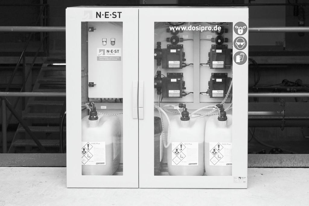 Bild 2. Dosierstation für flüssige Spurenelemente-Präparate. Bild: NEST Neue Energie Steinfurt