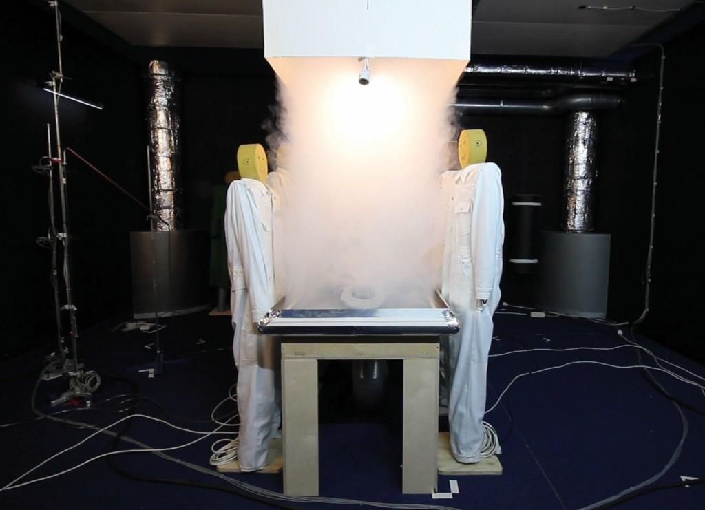 Bild 7. ROM-System: Zugabe von Theaternebel über das Zuluftfeld. Quelle: UK NRW / IFA /UKH