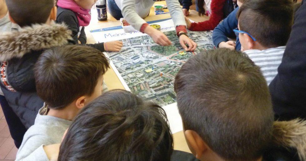 Bild 3 Informationsflyer zur 1. Stufe der Lärmaktionsplanung in Gelsenkirchen und Hamburg Quelle Bonacker