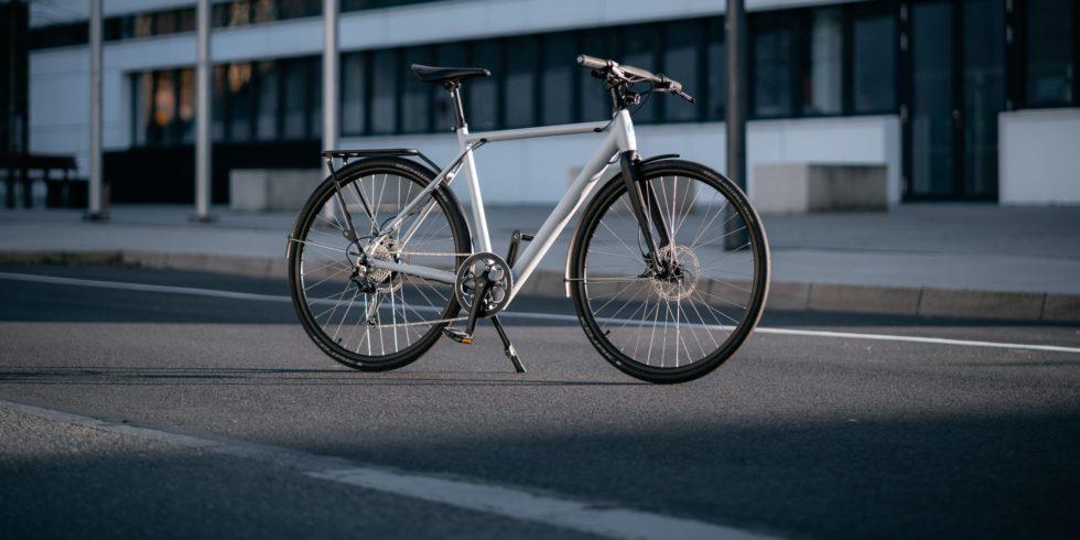 Die modernen E-Bikes sind von sportlichen City-Flitzern kaum zu unterscheiden. Foto: Citypanta