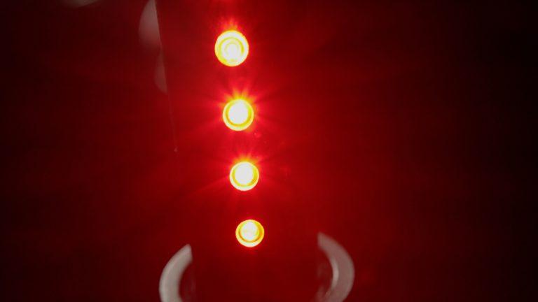 Das Rücklicht sitzt in Form von 5 Dioden in der Sattelstütze – und ist wegen des Leuchtwinkels auch von der Seite sichtbar. Foto: Citypanta
