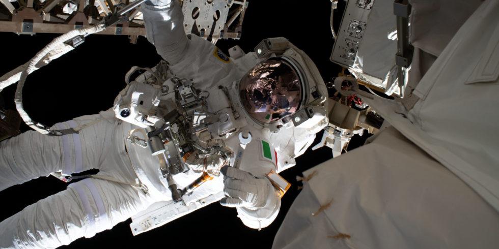 Noch in diesem Jahr soll die Falcon-9-Rakete Astronauten zur ISS bringen - und den Retro-Wurm der Nasa. Foto: Nasa
