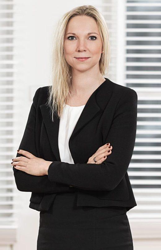 Claudia Knuth