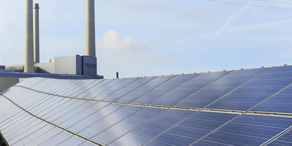 Solarzellen auf Dach