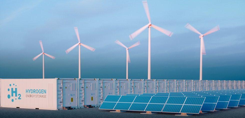Windräder und Solaranlage