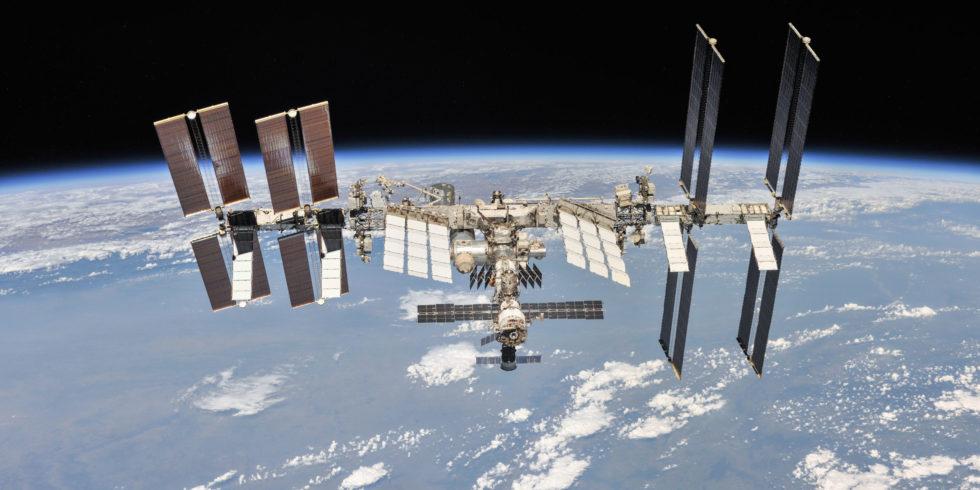 Die ISS ist von der Erde aus mit bloßem Auge am Himmel sichtbar. Foto: Nasa