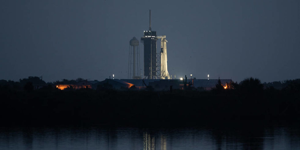 """Der Start der Space-X-Rakete """"Falcon9"""" mit der """"Crew Dragon""""-Kapsel ist gelungen: Zwei Astronauten sind auf dem Weg zur ISS. Foto: Nasa"""