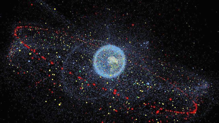 Hunderttausende Schrottteile umkreisen die Erde. Für die Raumfahrt können sie mittelfristig zum Problem werden. Foto: Technische Universität Braunschweig.