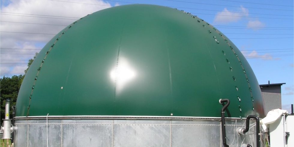 Biogasspeicher in Halbkugelform