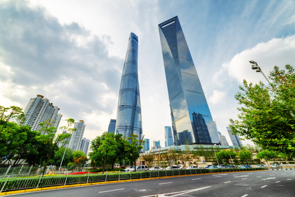 Blick unten auf Shanghai Tower