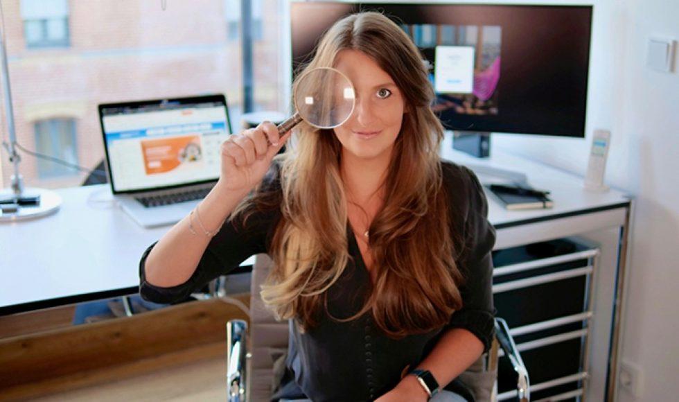Geschäftsführerin Nicole Jasmin Hofmann hat mit ihrem Team eine Markenschutz-Software entwickelt: Unternehmen können damit Produktpiraterie auf Online-Marktplätzen schnell errkennen und stoppen. Foto: Sentryc GmbH