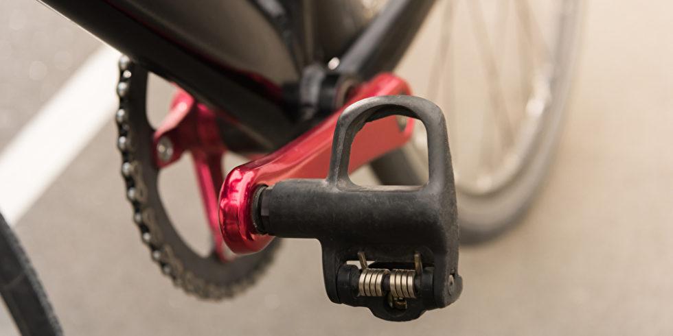 Viele Radfahrer schenken den Pedalen nur wenig Beachtung.  Foto: panthermedia.net/AlexNazaruk