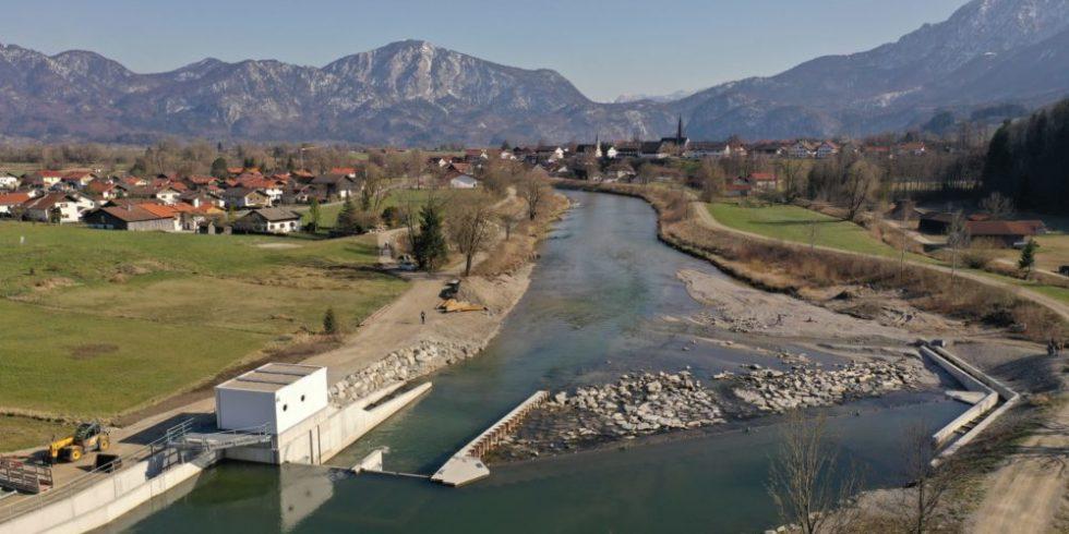 Wasserschachtkraftwerk an der Loisach