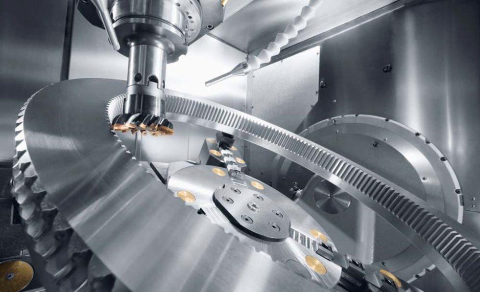 Die Verzahnungsherstellung auf 5-Achs-Bearbeitungszentren liegt voll im Trend. Videos diverser Werkzeugmaschinen- und Werkzeughersteller erläutern die Abläufe. Foto: Hermle