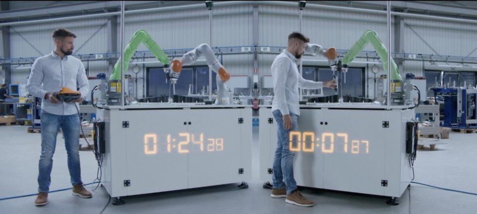 """Mithilfe des """"TracePen"""" verkürzt sich die Zeit für das Anlernen eines Roboters erheblich. Foto: Wandelbots"""