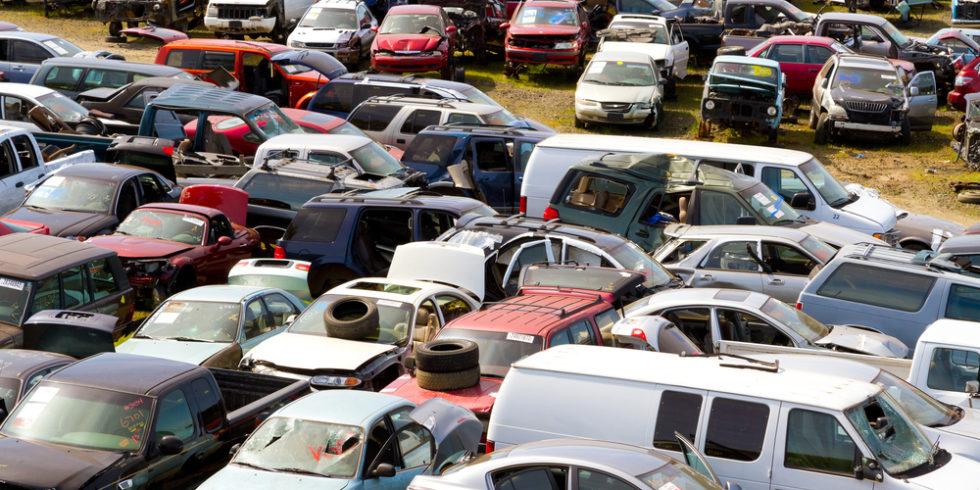 Duroplaste werden in Karosserie-Bauteilen von Autos verwendet. Wie sie sich recyceln lassen, haben Forscher am MIT herausgefunden.  Foto: panthermedia.net/joshuarainey