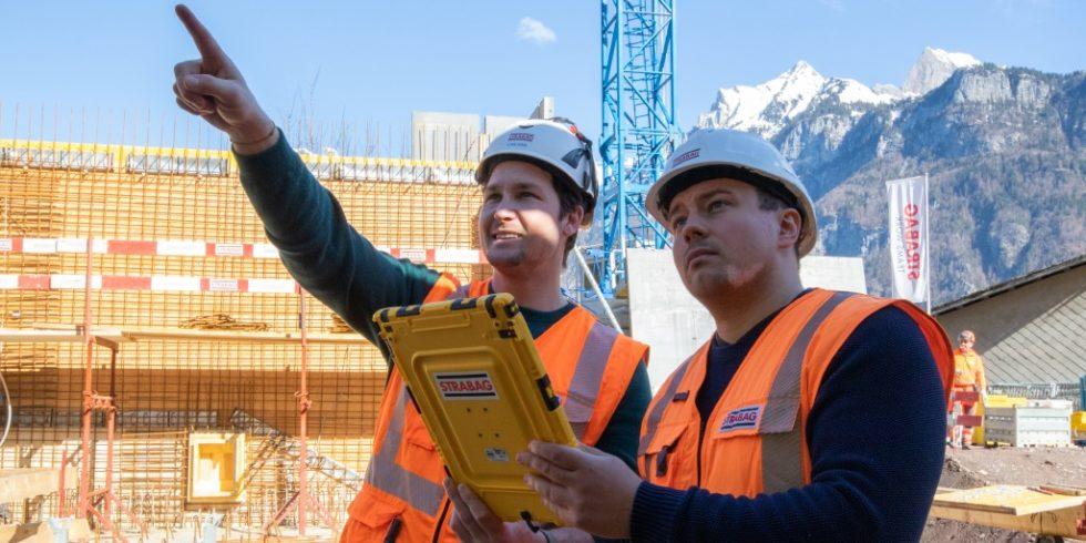 Die Planung der nächsten Betonierabschnitte wird auf der Baustelle in Flums digital geplant. Foto: Doka