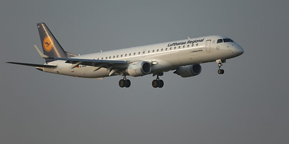 Lufthansa droht mit Entlassungen. Foto: panthermedia.net/Gudalla