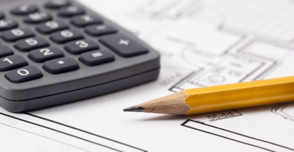 Seit Jahren steigende Baukosten zwingen Bauherren immer wieder zu Einsparungen. Häufig wird bei Maßnahmen zur Barrierefreiheit gestrichen. Foto: panthermedia.net/studiograndouest