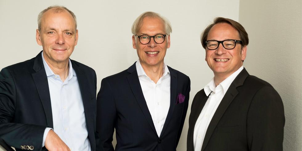 Die Geschäftsführung von Pierau Planung - A Fortna® Company: Arne Pierau, Björn Brunkow und Hubertus Dieckmann (v. l.). Foto: ©Pierau Planung