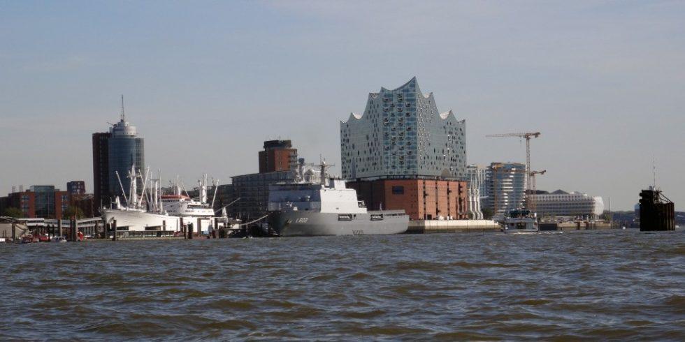 Zwischen Hamburg und Vietnam werden in Zukunft durch das im August 2020 in Kraft getretene Freihandelsabkommen noch mehr Güter ausgetauscht werden, als bisher. Foto: Rolf Müller-Wondorf