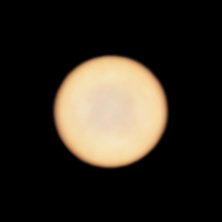 Bilder der Venus, aufgenommen vom ALMA-Teleskop. Foto: ALMA (ESO/NAOJ/NRAO), Greaves et al.