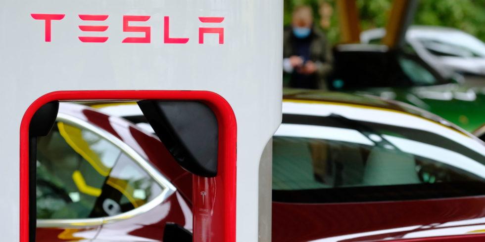 Tesla beteiligt sich an ATW in Neuwied. Foto: Peter Sieben